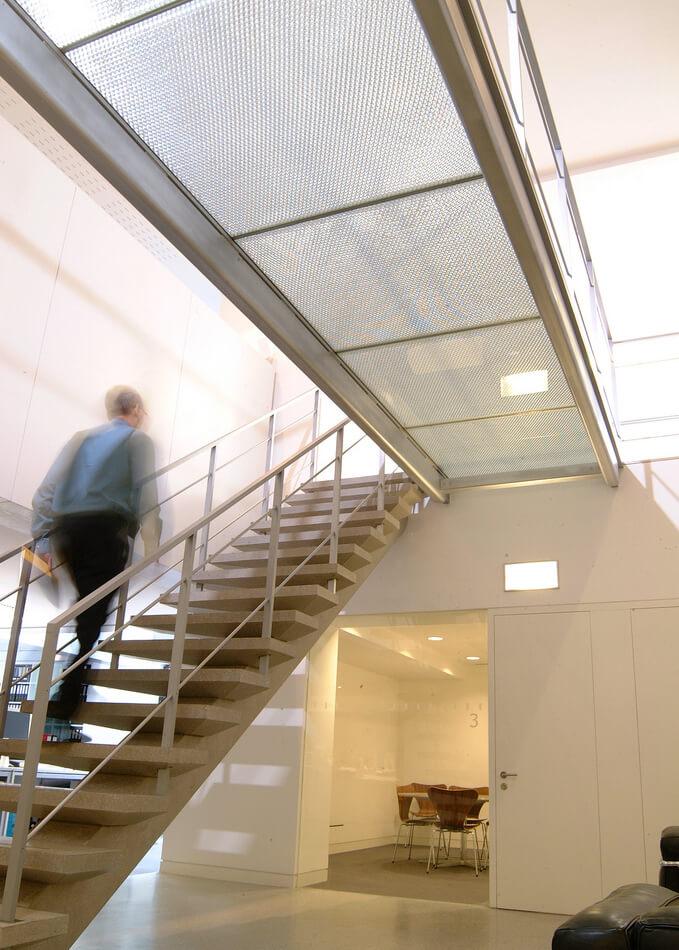 Mykon B-Clear walkway